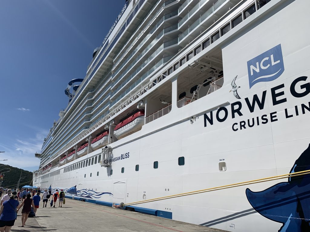 Cruise review: NCL Bliss to Eastern Caribbean, December 2018 – Bus